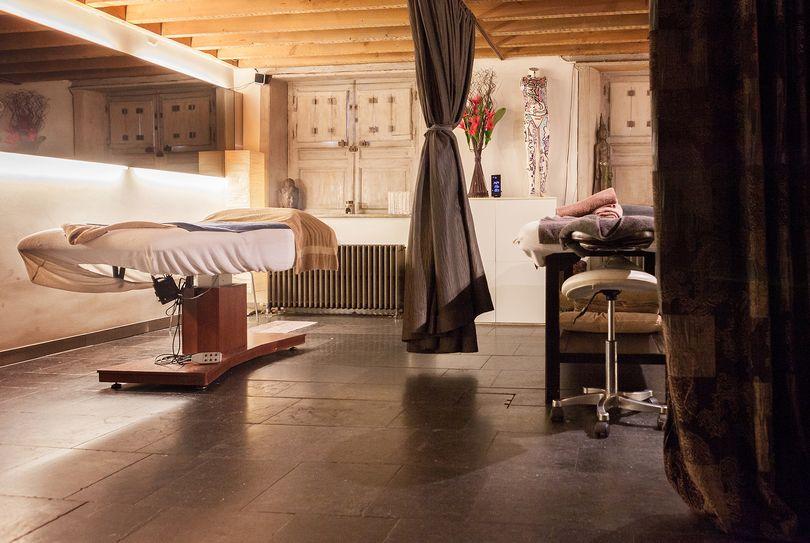 samen in de jacuzzi voor de massage! Masumi Antwerpen heet u welkom. Omdat u het verdient….